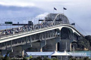 img-auckland-harbour-bridge
